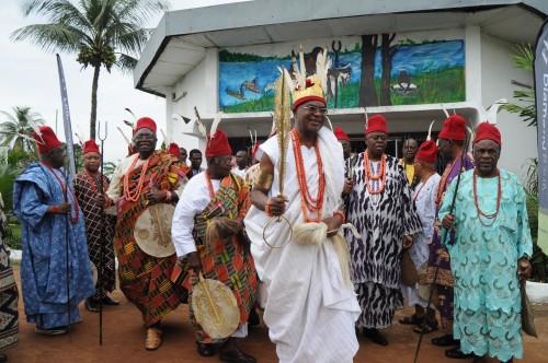 Obi Alfred Achebe At Ofala Onitsha 2013 (Video)