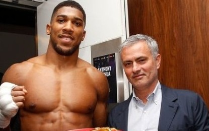 Mourinho Meets Nigerian Born British Boxer Anthony Joshua