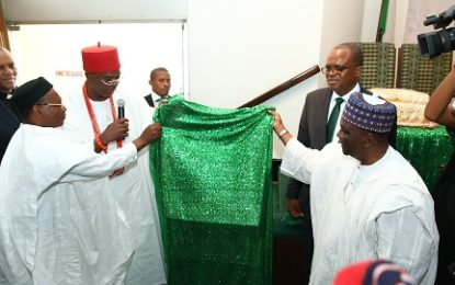 Obi Of Onitsha & Yakubu Gowon Unveil Book On Zik By Henry Onukwuba
