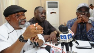 PIC 8.FROM LEFT: APC GOVERNORSHIP CANDIDATE FOR ANAMBRA STATE ELECTION, SEN. CHRIS NGIGE, HIS CAMPAIGN DIRECTOR-GENERAL, MR. GEORGE MOGHALU, AND APC SOUTH-EAST ZONAL PUBLICITY SECRETARY,MR.OSITA OKECHUKWU DURING A NEWS CONFERENCE ON CONDUCT OF THE ELECTION AT AWKA, ANAMBRA STATE ON SUNDAY (17/11/13).