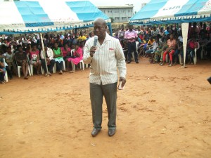 Project Adviser, Pastor Chuddy Maduegbuna addressing    youths
